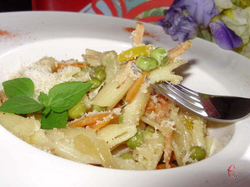 В Італії кажуть, що цей рецепт ідеальний на той випадок, якщо ви не в настрої готувати, а їсти все ж таки хочеться:)