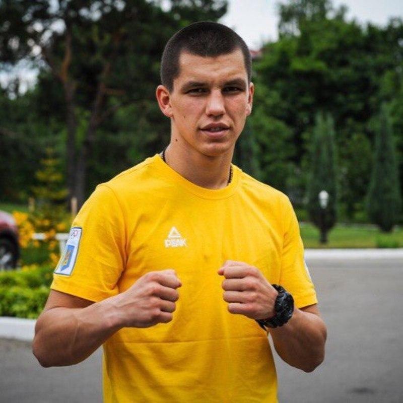 Попри свій вік, а Віктор Петрову лише виповнилося 19 років, боксер зміг гідно виступити на Європейських іграх в Азербайджані