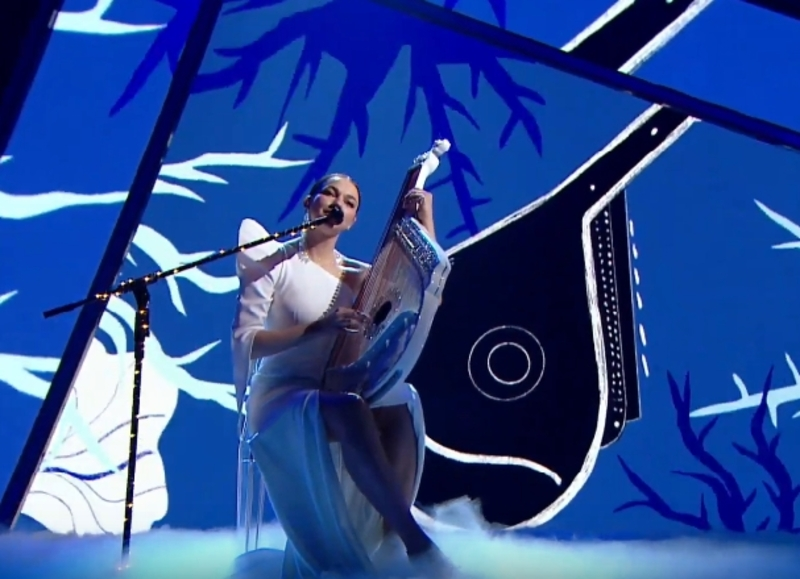 Марина Круть заспівала пісню