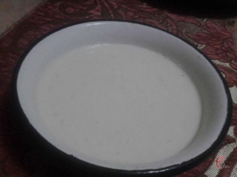 Молочний соус підійде як до гарнірів, так і до овочевих страв.