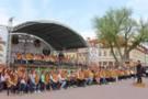 Відкриття турсезону у Кам'янці-Подільському: новий рекорд, сотні бандуристів та частування голубцями (ФОТО)