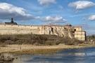 У Меджибожі підняли з 15-метрової глибини кам'яні оздоби палацу Сенявських XVI століття