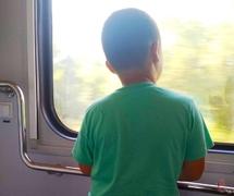 Укрзалізниця відкрила продаж квитків на потяги далекого сполучення, які курсують через Хмельницький