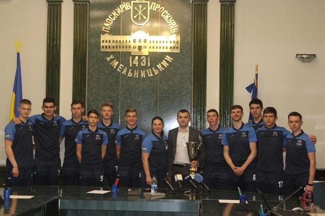 «Хмельницька політехніка» стала першою в історії міста командою, яка виборола чемпіонство у першій лізі