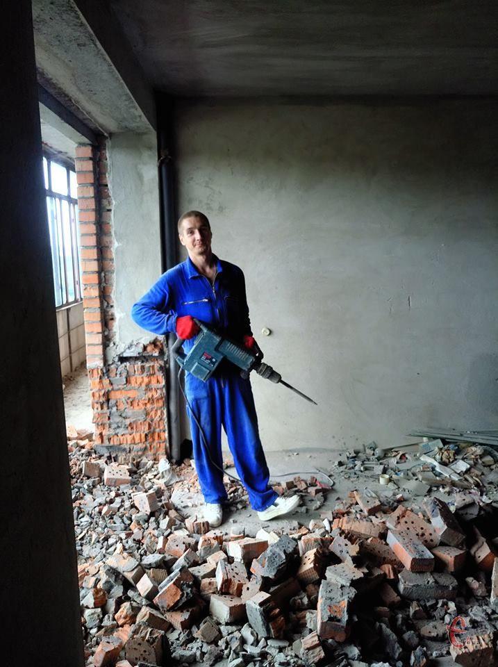 Демонтаж стяжки, плитки, бетону. Вивіз сміття. Демонтажні роботи