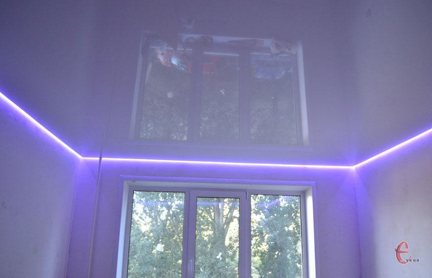 Натяжні стелі з підсвіткою, м.Хмельницький та область