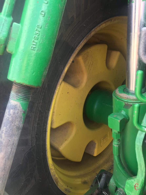 Трактор John Deere 8520 2005 г/в, мощность-324 л.с., коробка Powersfift.