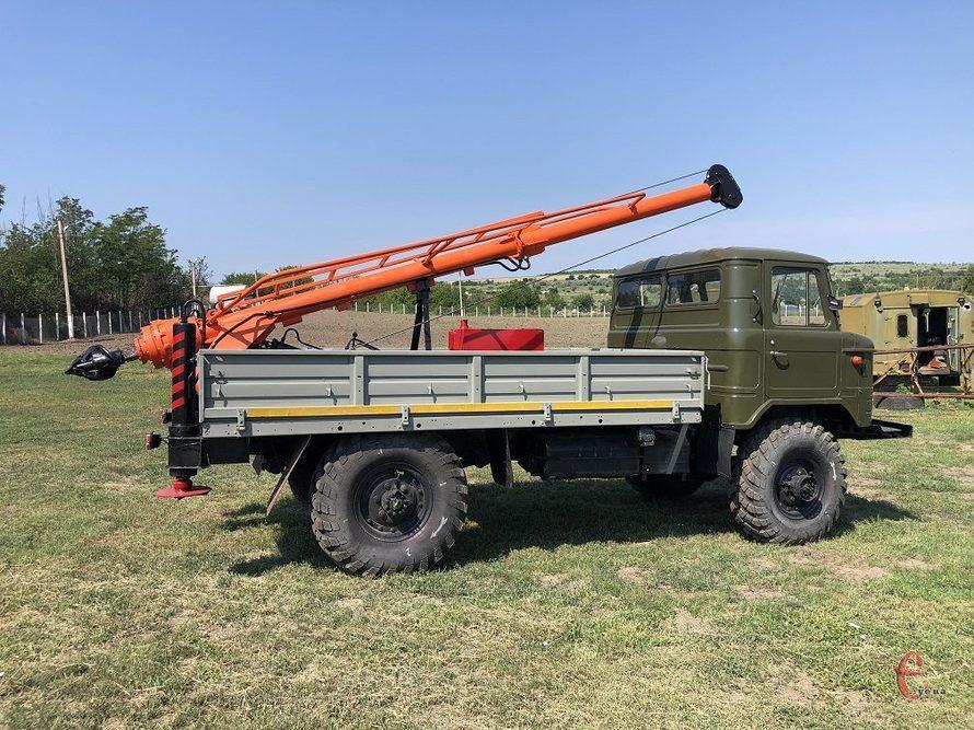 Ямобур БКМ 302 на базе Газ 66