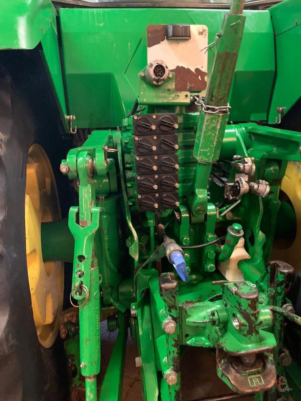 Трактор John Deere 8410 Год выпуска 2001,Powersfift. мощность 295 л.с.