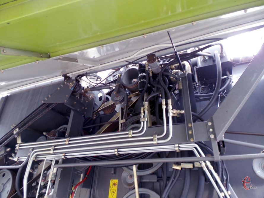 Комбайн Claas Lexion 480 вып. 2001г.в. двиг. Мерседес, 380л.с.