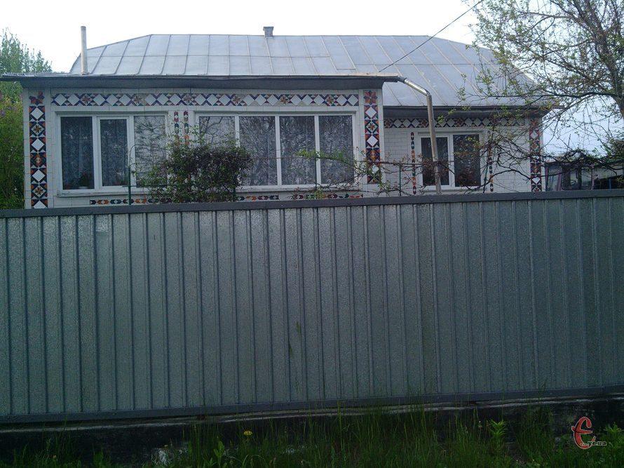Продам будинок та літню кухню з меблями, с.Маків, Дунаєвецький р-н