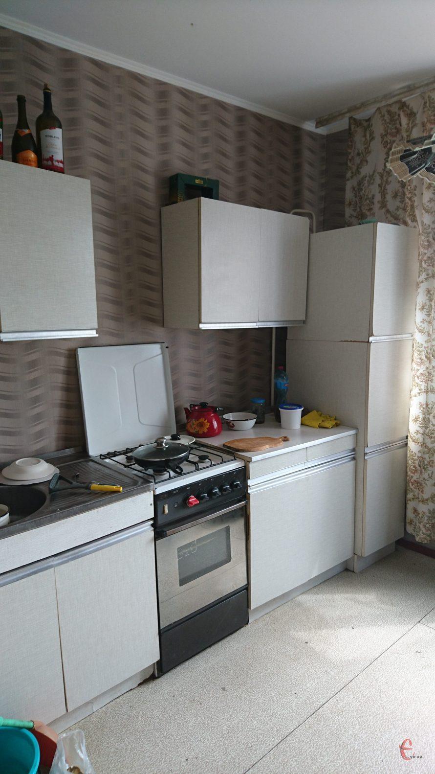 Продам 1-кімнатну квартиру на вул.Павліченко, будинок 2000 року
