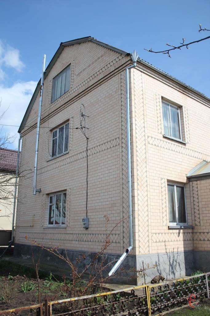 Продається будинок в смт.Летичів