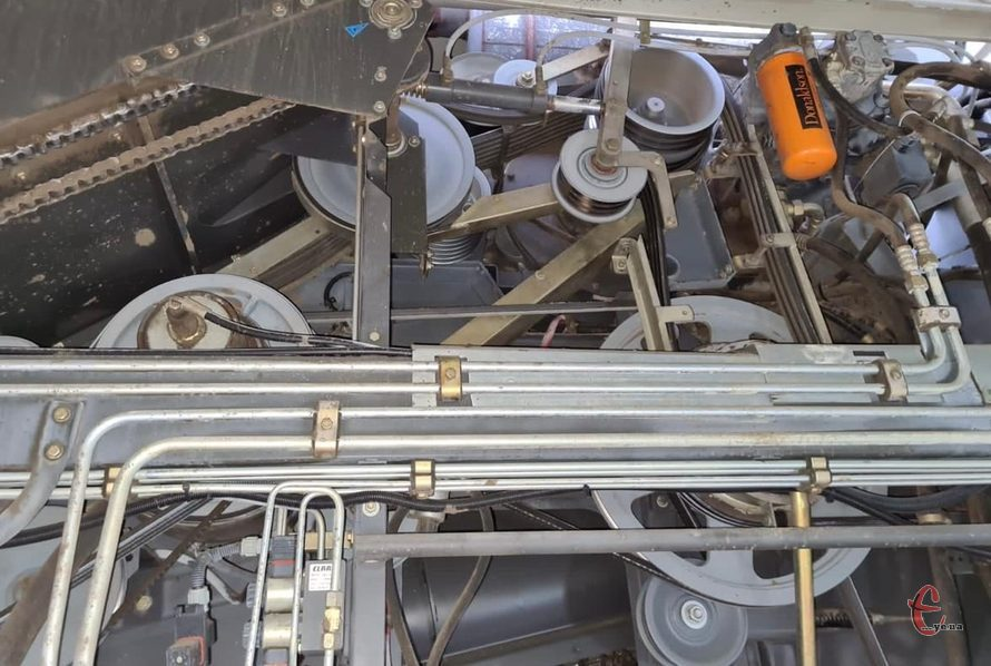 комбайн Claas lexion 480II 2002 год вып. двигатель САТ 412л.с. ,