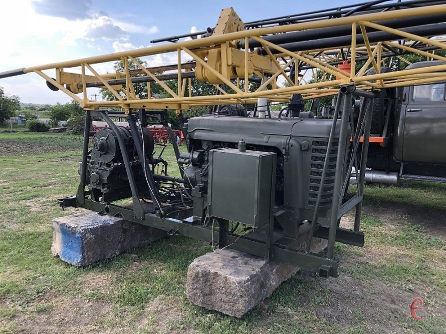Буровая установка УГБ-50