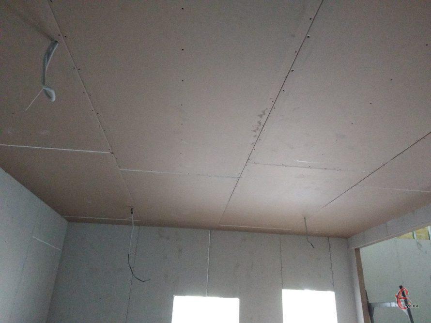 Монтаж гіпсокартонної стелі прямої