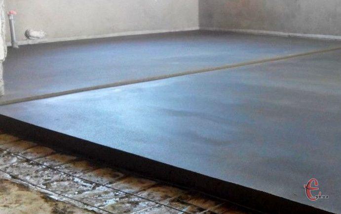 Монтаж стяжки на підлогу