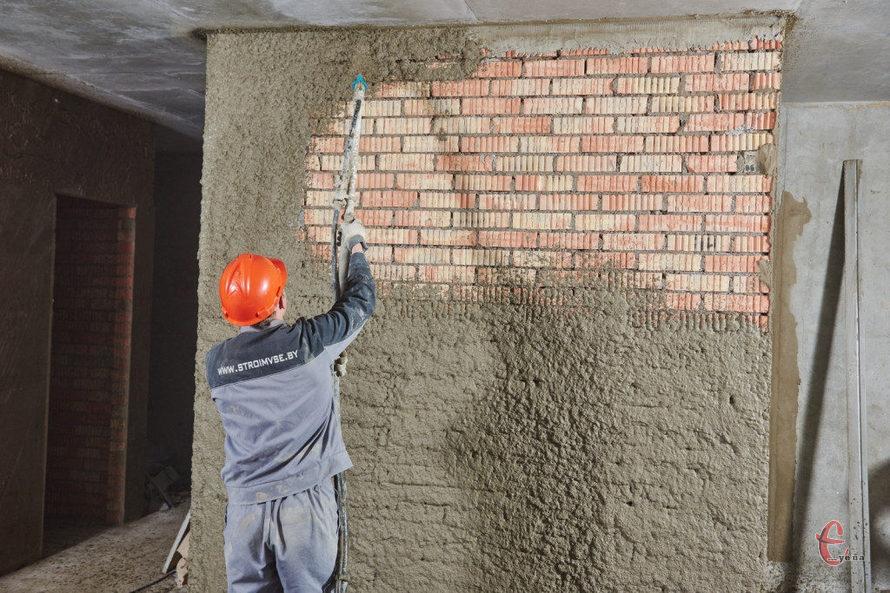 Штукатурка стін у котеджі