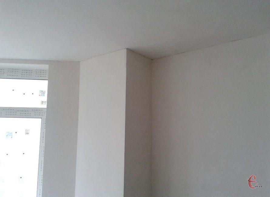Шпаклевка стен, поклейка обоев и покраска стен