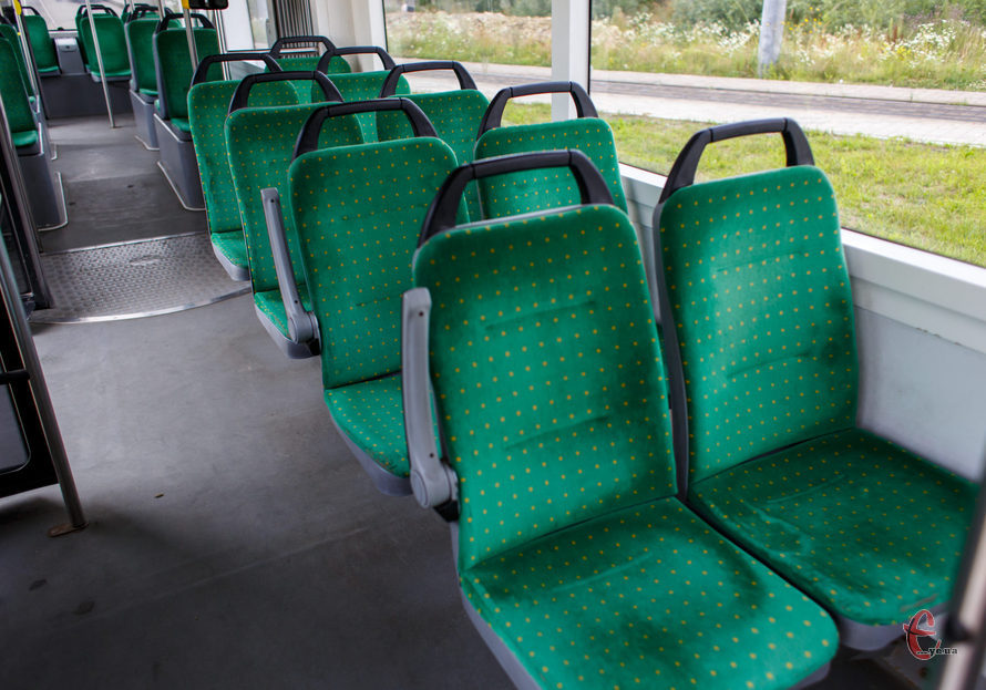 Сидіння для автобуса, автомобіля, пасажирське сидіння.