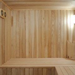 Монтаж дерев'яної вагонки