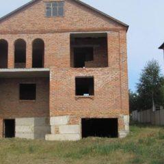 Недобудований будинок Лезнево