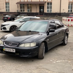 Продам Honda Accord 1.8, 2000
