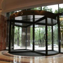 Автоматические двери от компании Doorservice