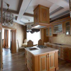 Кухни в современном и классическом стиле под заказ от столярной мастерской