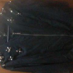 Піджак з вишивкою