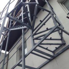 Зварювальні роботи балкони (виносні) двері, огорожі, гаражні ворота, сходи.