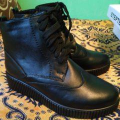 Шкіряне зимове взуття