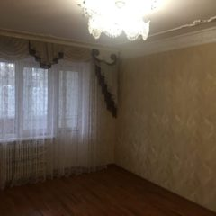 Продам квартиру без посередників на Інститутській (Південно-Західний р-н).
