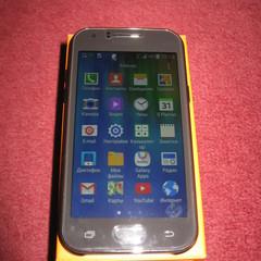 Надійність від Samsung - смартфон GALAXY J1
