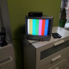 Телевізор Sharp, тюнер Т2, активна антена з підсилювачем 1250 грн.