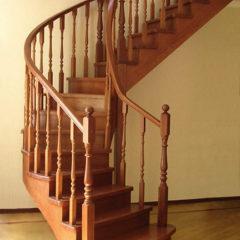 Виготовляємо дерев'яні сходи