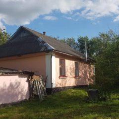 Житловий будинок у смт Наркевичі Волочиського району