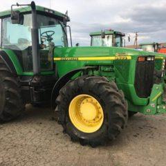 Трактор John Deere 8400 1999 року випуску. Напрацюв - 8169м/г.