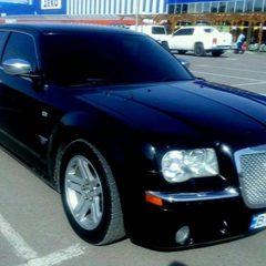 Прокат Чорний Крайслер 300С