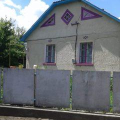 Терміново продається будинок за містом