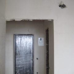 продам 1 к кв в зданому будинку майже центр ВЛАСНИК
