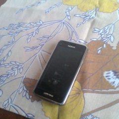 Nokia C6-01, б/у