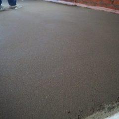Напівсуха цементно-піщана стяжка підлоги