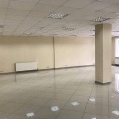 Здам в оренду приміщення, вул.Зарічанська, 135 кв.м