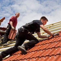 Покрівельні роботи. Монтаж даху, ринви, підсубійки, утеплення покрівлі.