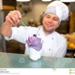 Продавець морозива