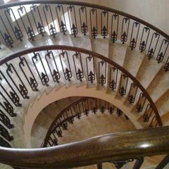 Сходи дерев'яні, бетонні, металокаркас, марші, ступеньки, поручні, лестницы