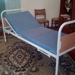 Ліжко медичне, фунціональне