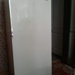 Продам холодильник Зил