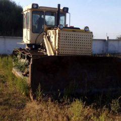 Продам Бульдозер Д-533 с поворотным отвалом на базе трактора Т-130